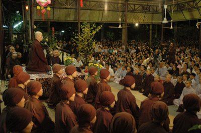 2007 02 22 pháp thoại tại chùa Pháp Vân