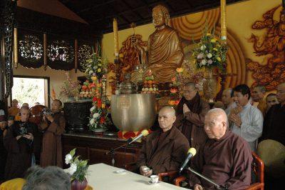 2007 02 27 ts Nhất Hạnh và ts Thanh Từ thiền viện Trúc Lâm