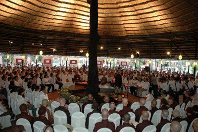 2007 03 15 khóa tu cho doanh nhân - kdl Văn Thánh - ts Nhất Hạnh và Tăng thân Làng Mai