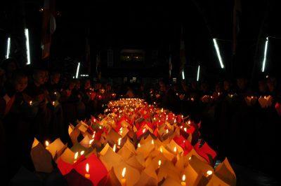 2007 04 02 Đại Trai Đàn Chẩn Tế Huế Quốc Tự Diệu Đế lễ phóng đăng