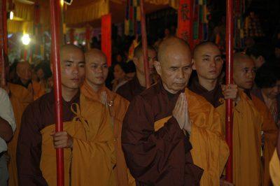 2007 04 20 Trai Đàn Chẩn Tế ts Nhất Hạnh