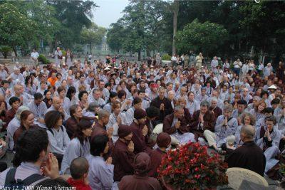 2008 05 12 tăng thân quốc tế Làng Mai Hồ Gươm