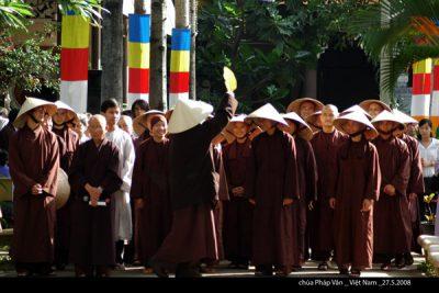 2008 05 27 chùa Pháp Vân