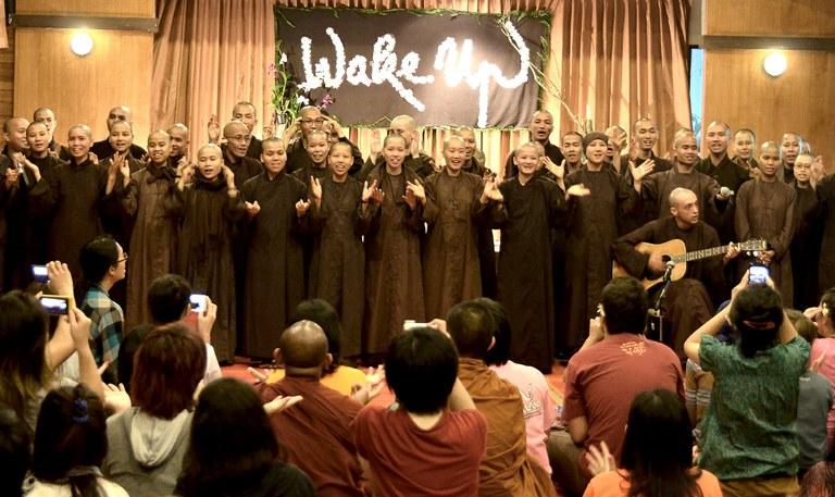 Khoá tu Wake Up tại Thái Lan