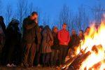 Ấm áp ánh lửa đêm cuối năm - 2