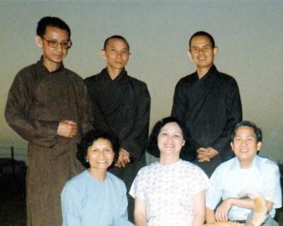 Hà Thanh với Thầy và bạn